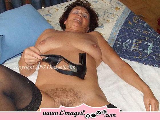 masturbation femmes poilue