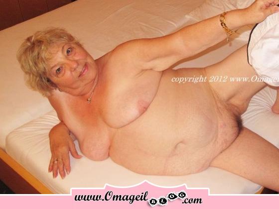 update 12.09.15 sml hot girls, puertorrican naked girls, punish school nude girl pics, punished